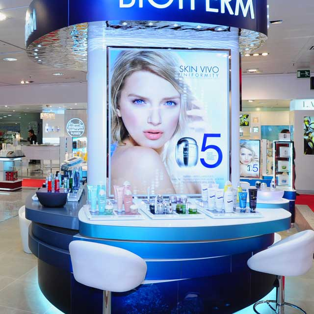 EXYD-M in Stores and for Counters of L'Oreal, Photo ALW