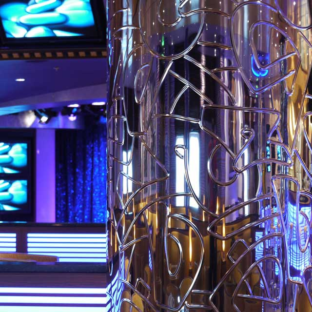 Cruise Ship Azura, Manhattan Lounge, Column Cladding with Product Line EXYD-N, Photo EXYD