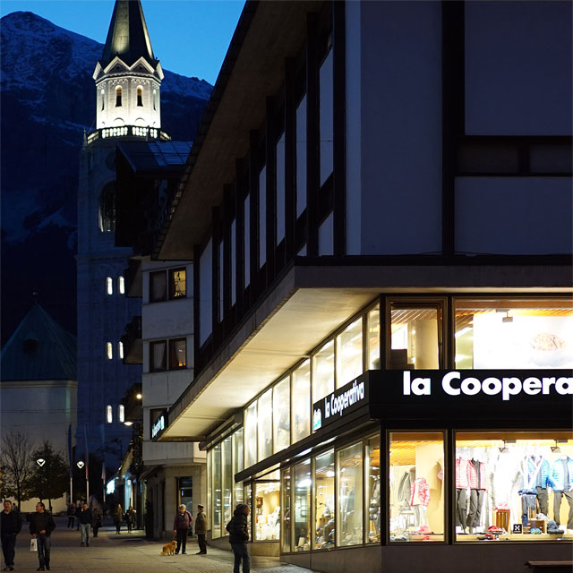 Italy, Department Store Cooperativa in Cortina d'Ampezzo, Photo EXYD, October 2015