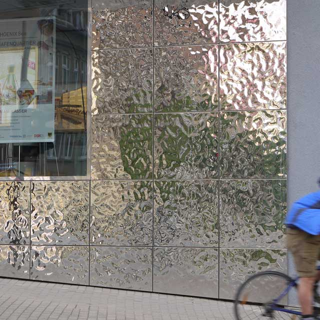 Germany, Residential and Commercial Building in Dortmund near Lake Phoenix, Facade with Product Line EXYD-M, Photo EXYD